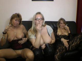 3 geile Raucher-Mösen