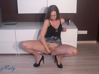 Pussy stretching